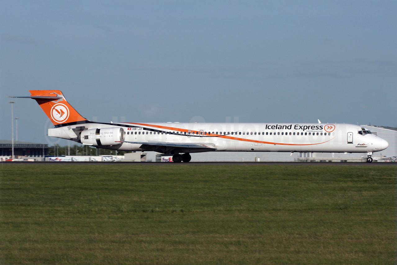 Iceland Express-Hello McDonnell Douglas MD-90-30 HB-JIF (msn 53462) STN (Antony J. Best). Image: 902122.