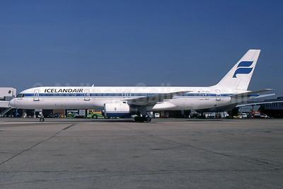 Icelandair Boeing 757-208 TF-FIJ (msn 25085) LHR (SPA). Image: 954424.