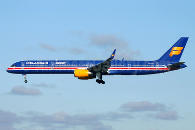 Icelandair Boeing 757-3E7 WL TF-ISX (msn 30179) (100 Years Icelandic Independence) LGW (Antony J. Best). Image: 944343.