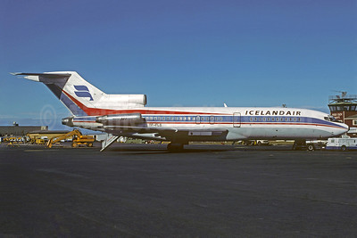 Icelandair Boeing 727-185C TF-FLG (msn 19826) KEF (Christian Volpati Collection). Image: 910491.