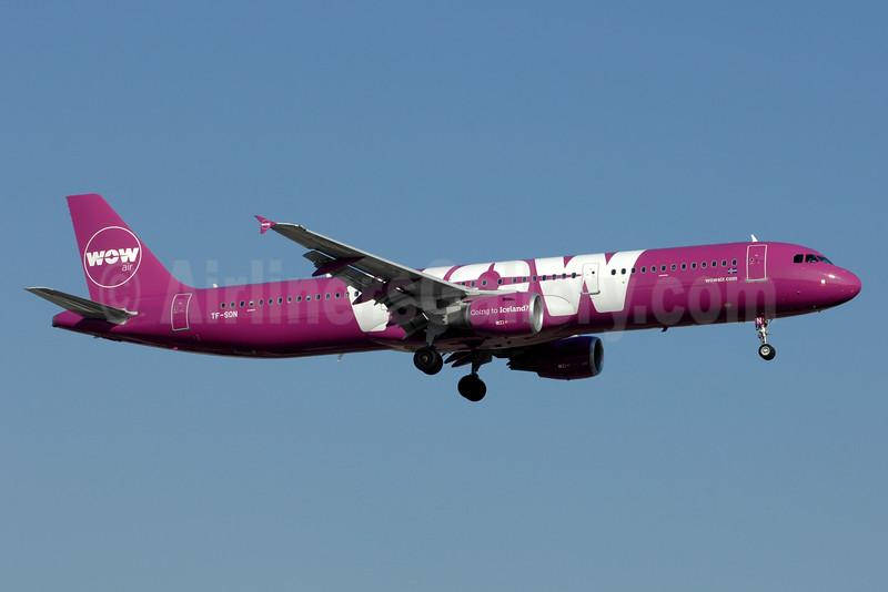 Wow Air Airbus A321-211 TF-SON (msn 5733) YYZ (TMK Photography). Image: 933233.
