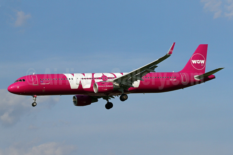 Wow Air Airbus A321-211 WL TF-JOY (msn 7433) BWI (Brian McDonough). Image: 942604.