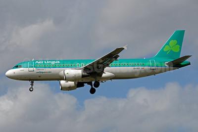 Aer Lingus Airbus A320-214 EI-DEF (msn 2256) LHR (Bruce Drum). Image: 101541..