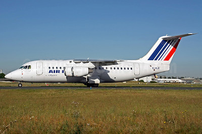 Air France (CityJet) BAe RJ85 EI-RJR (msn E2364) CDG (Christian Volpati). Image: 903623.