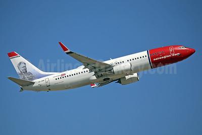 Norwegian.com (Norwegian Air International) (Ireland) Boeing 737-8JP WL EI-GBI (msn 39434) (Minna Canth, Finnish writer) LGW (Keith Burton). Image: 943490.