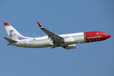 Norwegian.com (Norwegian Air International) (Ireland) Boeing 737-86N WL EI-FHG (msn 37884) (Tycho Brahe, Danish astronomer) LGW (Keith Burton). Image: 937440.