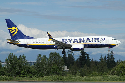 Ryanair Boeing 737-8 MAX 8 (200) EI-HEZ (msn 62312) PAE (Nick Dean). Image: 953051.