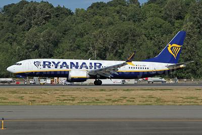 Ryanair Boeing 737-8 MAX 8 (200) EI-HGT (msn 65083) BFI (Nick Dean). Image: 954393.
