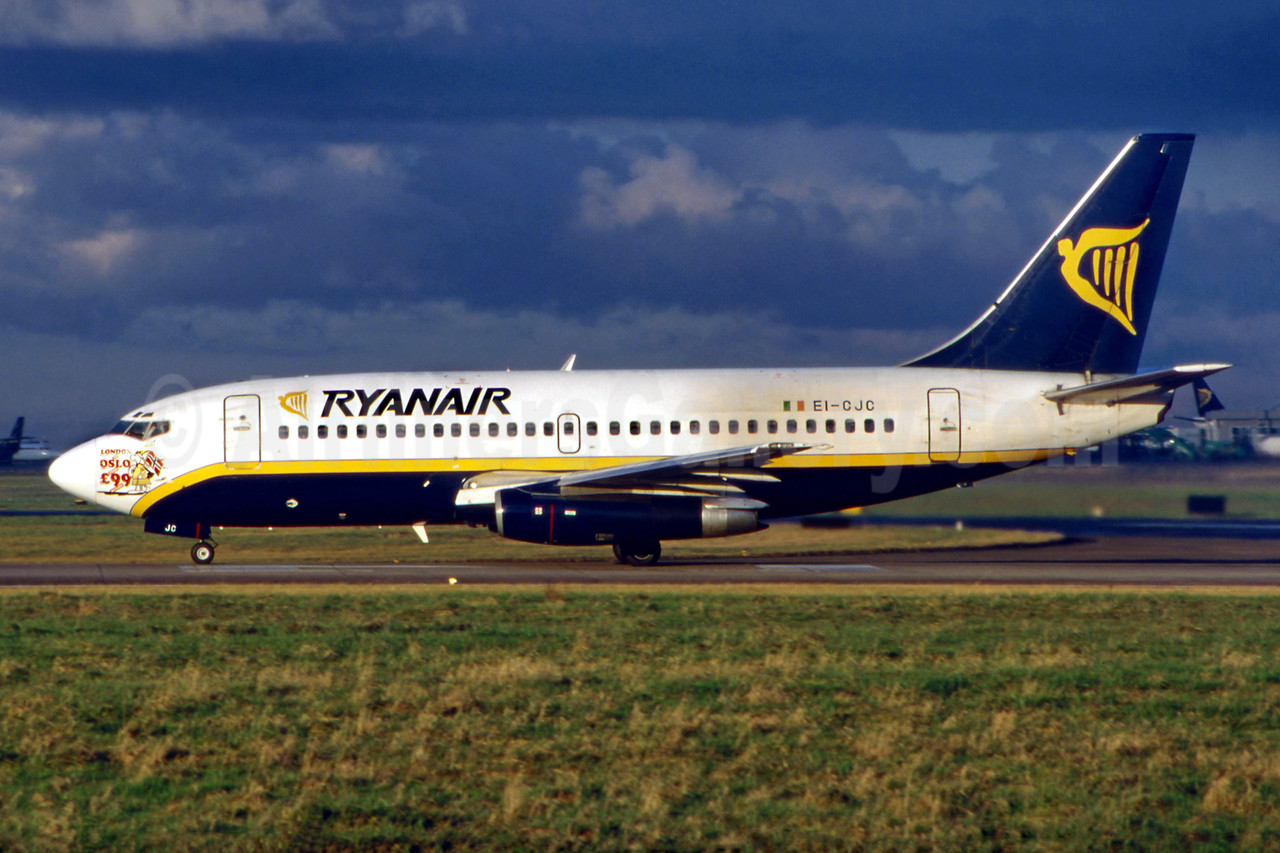 Ryanair Boeing 737-204 EI-CJC (msn 22640) (London - Oslo £99 logo) DUB (SM Fitzwilliams Collection). Image: 922253.