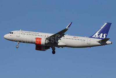 Scandinavian Airlines-SAS (Ireland) Airbus A320-251N WL EI-SID (msn 8031) LHR (SPA). Image: 940986.