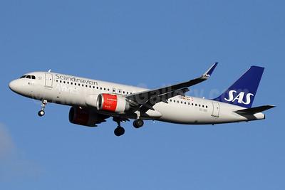 Scandinavian Airlines-SAS (Ireland) Airbus A320-251N WL EI-SIC (msn 7979) LHR (SPA). Image: 940682.