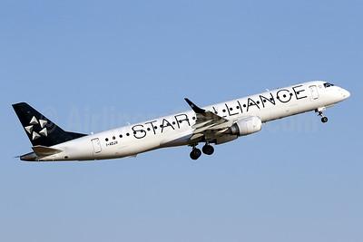 Air Dolomiti Embraer ERJ ERJ 190-200LR (ERJ 195) I-ADJV (msn 19000308) (Star Alliance) PMI (Javier Rodriguez). Image: 950930.