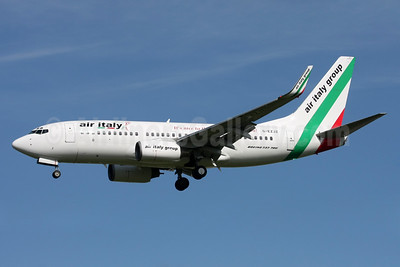 Air Italy (2nd) Boeing 737-73V WL G-EZJZ (msn 32421) DUB (Michael Kelly). Image: 935105.