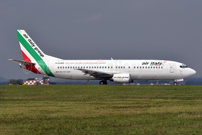 Air Italy (2nd) Boeing 737-430 D-AGMR (msn 27007) MXP (Richard Vandervord). Image: 935107.
