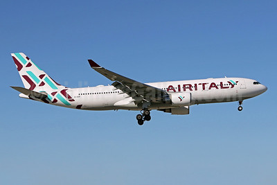 Air Italy (3rd) Airbus A330-202 EI-GGN (msn 482) MIA (Brian McDonough). Image: 949038.