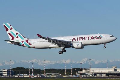Air Italy (3rd) Airbus A330-202 EI-GGN (msn 482) MXP (Richard Vandervord). Image: 949039.