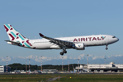 Air Italy (3rd) Airbus A330-202 EI-GFX (msn 571) MXP (Richard Vandervord). Image: 949037.
