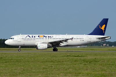 Air One Airbus A320-216 EI-DSW (msn 3609) AMS (TMK Photography). Image: 920094.
