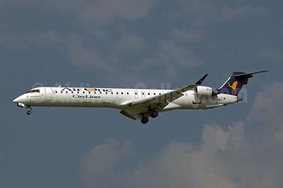Air One Bombardier CRJ900 (CL-600-2D24) EI-DRJ (msn 15077) TLS (Clement Alloing). Image: 907712.