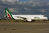 Alitalia (3rd) (Societa Aerea Italiana) Airbus A320-216 EI-DSL (msn 3343) LHR. Image: 937429.