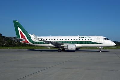 Alitalia CityLiner Embraer ERJ 170-200STD (ERJ 175)  EI-RDD (msn 17000334) ZRH (Rolf Wallner). Image: 954872.