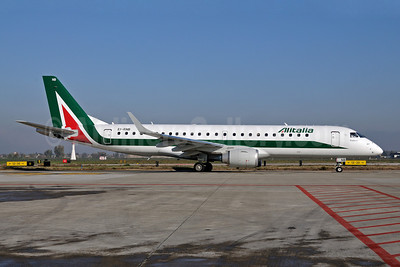 Alitalia CityLiner Embraer ERJ 190-100 EI-RNB (msn 19000479) BLQ (Lucio Alfieri). Image: 907609.