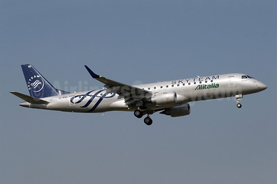 Alitalia CityLiner Embraer ERJ 190-100 EI-RND (msn 19000512) (SkyTeam) GVA (Paul Denton). Image: 908104.