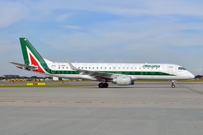 Alitalia CityLiner Embraer ERJ 190-100 EI-RNB (msn 19000479) LHR (Dave Glendinning). Image: 909497.