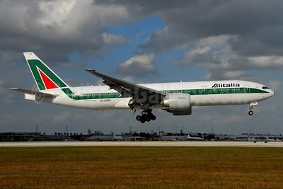 Alitalia (1st) (Linee Aeree Italiane) Boeing 777-243 ER EI-DBM (msn 32782) MIA (Dave Campbell). Image: 904000.