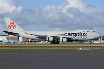 Cargolux Italia Boeing 747-4R7F LX-TCV (msn 30401) AMS (Ton Jochems). Image: 926118.