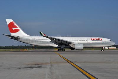 Eurofly Airbus A330-223 EI-EZL (msn 802) MXP (Richard Vandervord). Image: 905550.