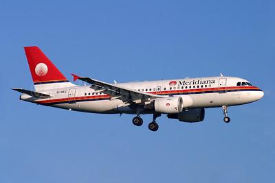 Meridiana Airbus A319-112 EI-DEZ (msn 1283) LGW (Antony J. Best). Image: 903261.