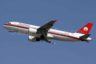 Meridiana Airbus A320-214 EI-EZR (msn 1198) PMI (Javier Rodriguez). Image: 920561.