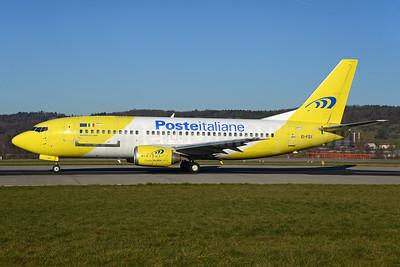Mistral Air-Gruppo Posteitaliane Boeing 737-3Q8 (QC) EI-FGX (msn 28054) ZRH (Rolf Wallner). Image: 935835.