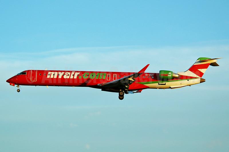 MyAir (myair.com) Bombardier CRJ900 (CL-600-2D24) EI-DUX (msn 15110) BCN (Nik French). Image: 901620.