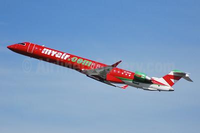MyAir (myair.com) Bombardier CRJ900 (CL-600-2D24) EI-DUM (msn 15103) BRU (Karl Cornil). Image: 920579.