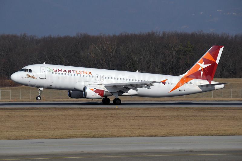 SmartLynx Airlines (Latvia) Airbus A320-211 YL-BBC (msn 142) (Nasair logo) GVA (Paul Denton). Image: 908053.