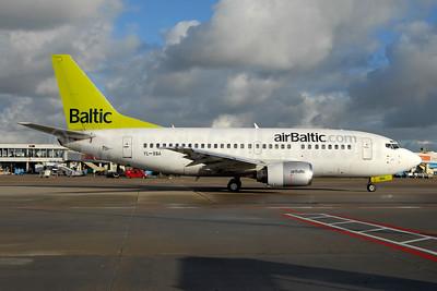 airBaltic (airBaltic.com) Boeing 737-505 YL-BBA (msn 24646) AMS (Ton Jochems). Image: 954325.