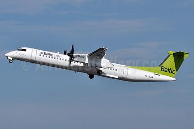airBaltic (airBaltic.com) Bombardier DHC-8-402 (Q400) YL-BAX (msn 4324) TXL (Tony Storck). Image: 910835.