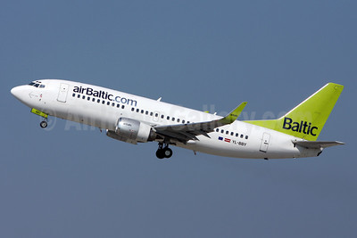 airBaltic (airBaltic.com) Boeing 737-36Q WL YL-BBY (msn 30335) ZRH (Andi Hiltl). Image: 910834.