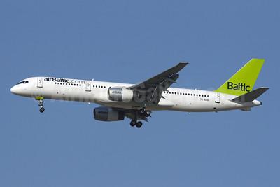 airBaltic (airBaltic.com) Boeing 757-256 YL-BDB (msn 26251) DXB (Konstantin von Wedelstaedt). Image: 901314.