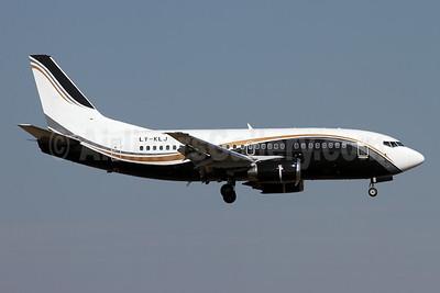 KlasJet Boeing 737-524 LY-KLJ (msn 28923) ZRH (Andi Hiltl). Image: 941414.