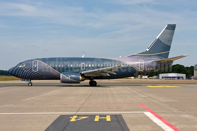 KlasJet Boeing 737-522 LY-FLT (msn 26683) NUE (Gunter Mayer). Image: 954500.