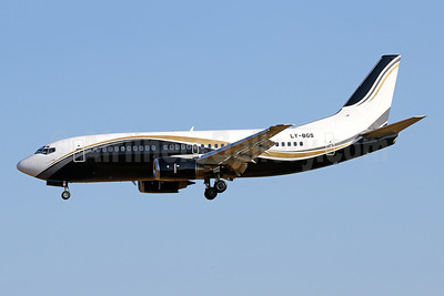 KlasJet Boeing 737-3L9 LY-BGS (msn 27061) PMI (Javier Rodriguez). Image: 947730.