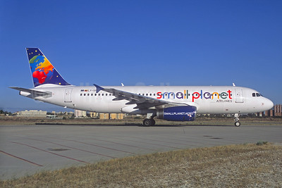 Small Planet Airlines (Lithuania) Airbus A320-232 LY-SPD (msn 990) AYT (Jacques Guillem Collection). Image: 926373.