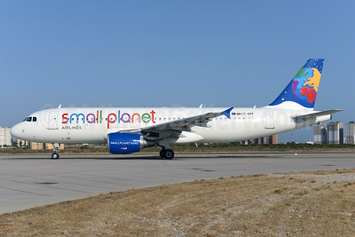 Small Planet Airlines (Lithuania) Airbus A320-214 LY-SPF (msn 967) AYT (Ton Jochems). Image: 933142.