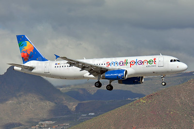 Small Planet Airlines (Lithuania) Airbus A320-232 LY-SPB (msn 2987) TFS (Paul Bannwarth). Image: 926946.