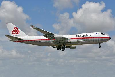 Cargolux Airlines International (Luxembourg) Boeing 747-4EV (F) ER LX-NCL (msn 35170) MIA (Ken Petersen). Image: 951262.