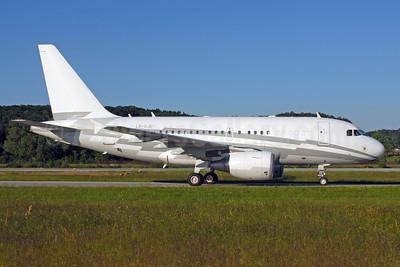 Global Jet Luxembourg Airbus A318-112 (ACJ) LX-GJC (msn 3100) ZRH (Rolf Wallner). Image: 920434.