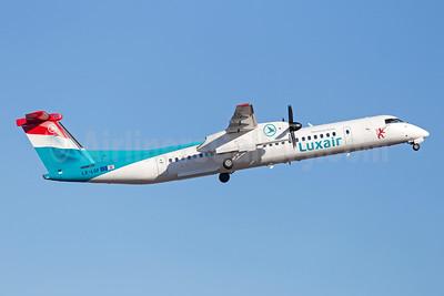 Luxair-Luxembourg Airlines Bombardier DHC-8-402 (Q400) LX-LGF (msn 4349) ARN (Stefan Sjogren). Image: 941419.